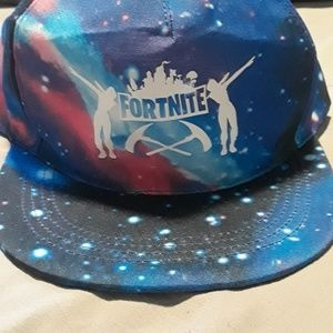Other - 💥FORTNITE💥Hat 🧢 with free led keychain